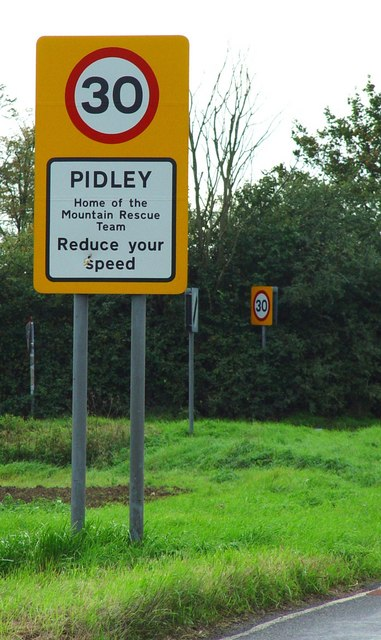 Entrance to Pidley